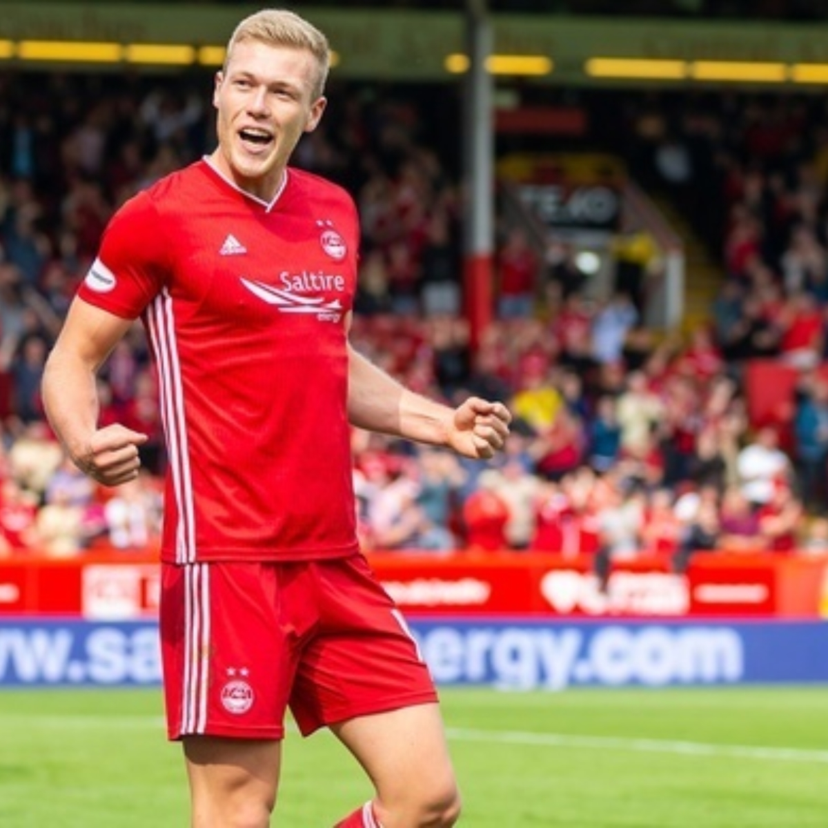 Aberdeen v Hearts Images