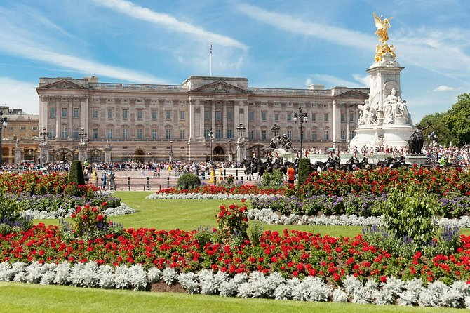 Buckingham Palace Tour - Including Changing of the Guard Ceremony Preview Image