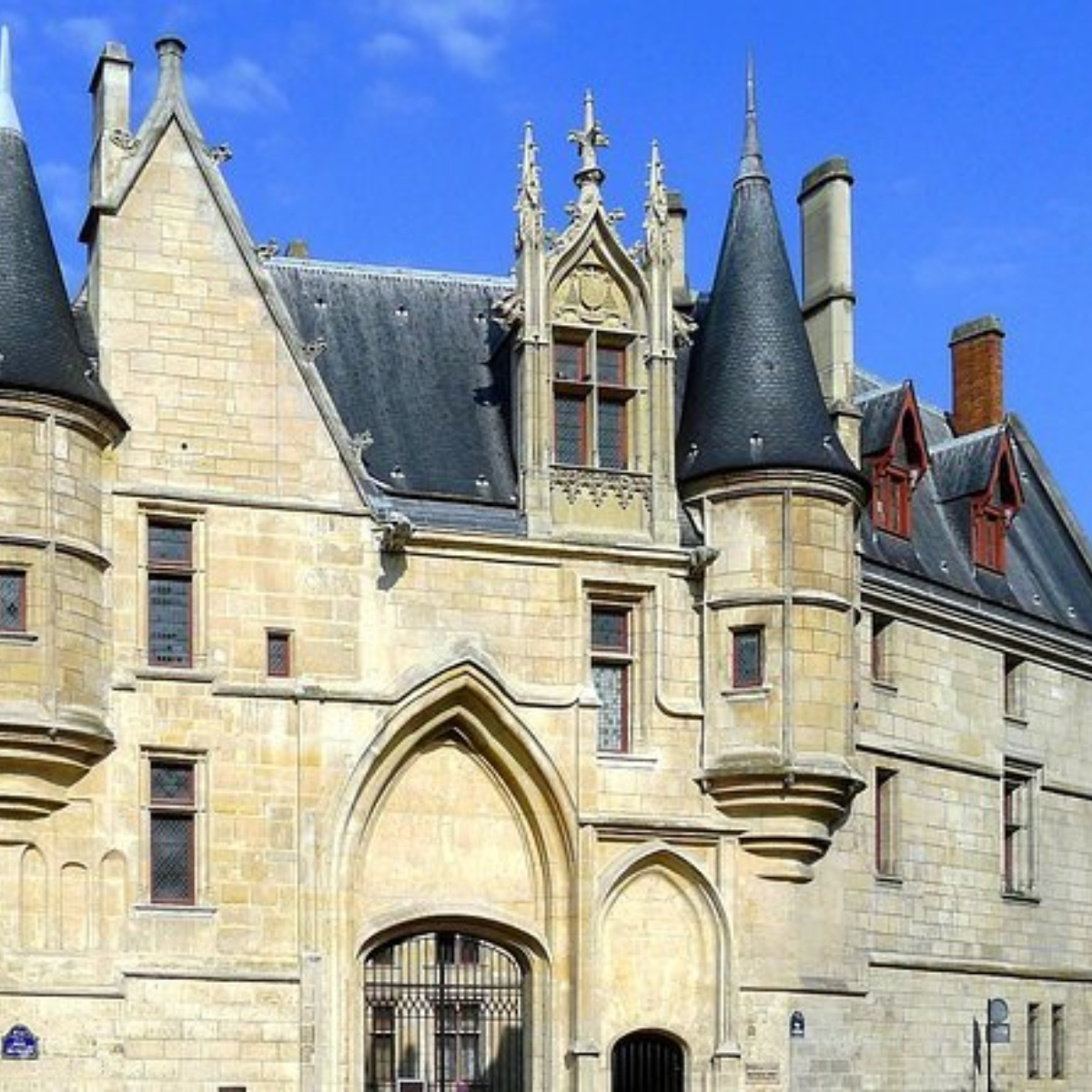 Gothic Paris - Castles & Cathedrals Images