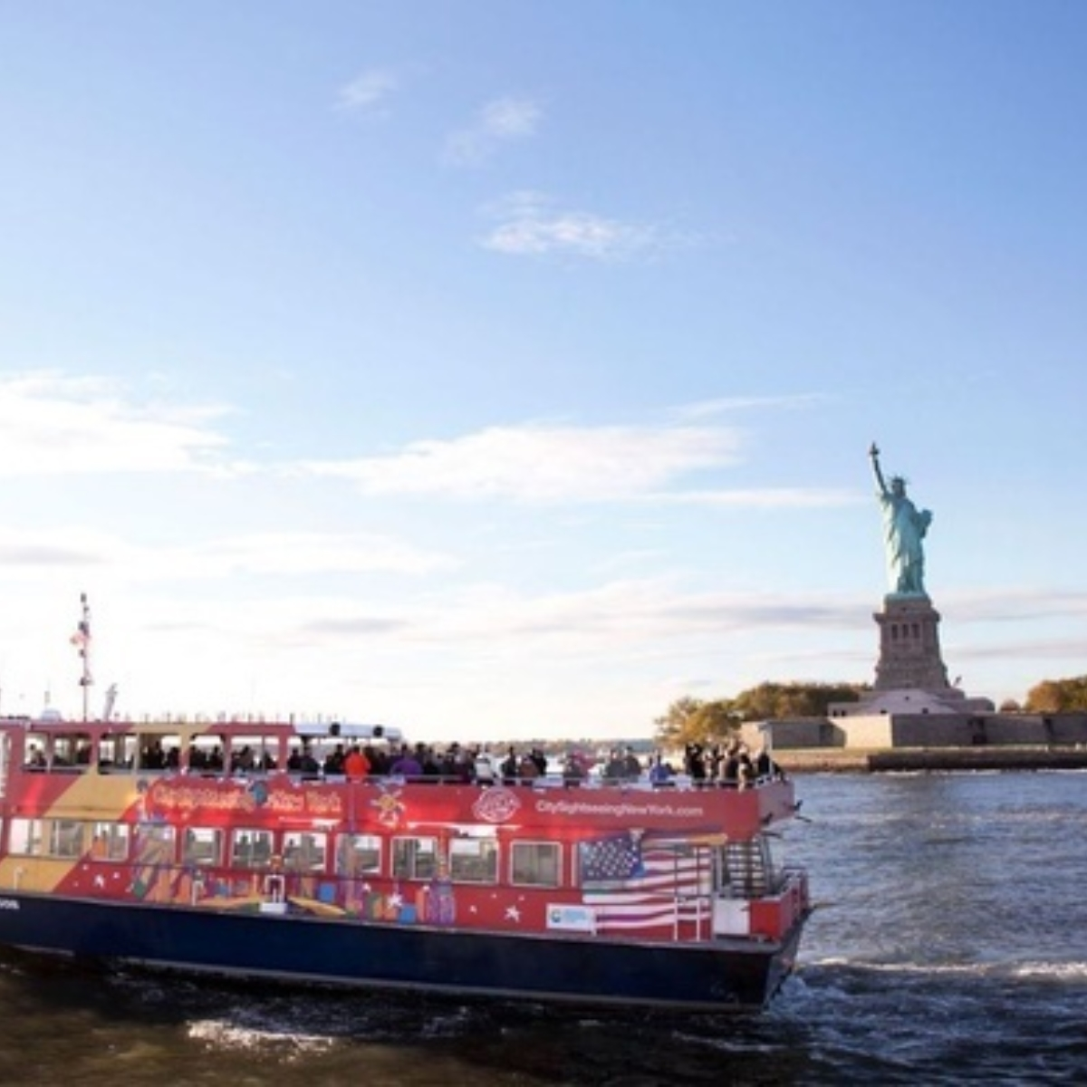 Hop-On Hop-Off New York Ferry Cruises FreeStyle Cruise: 1-day ferry + 1 attraction Images