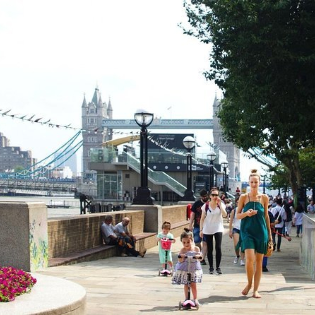 London: Family Friendly Experience with a Local Host Images