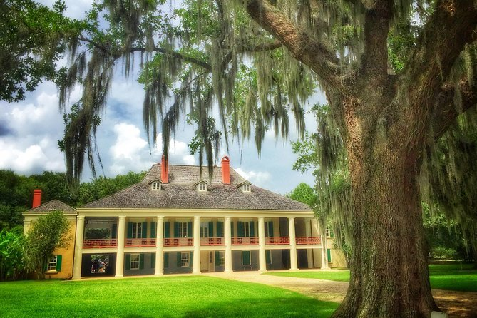 New Orleans Swamp Boat Ride and Plantation Tour Preview Image