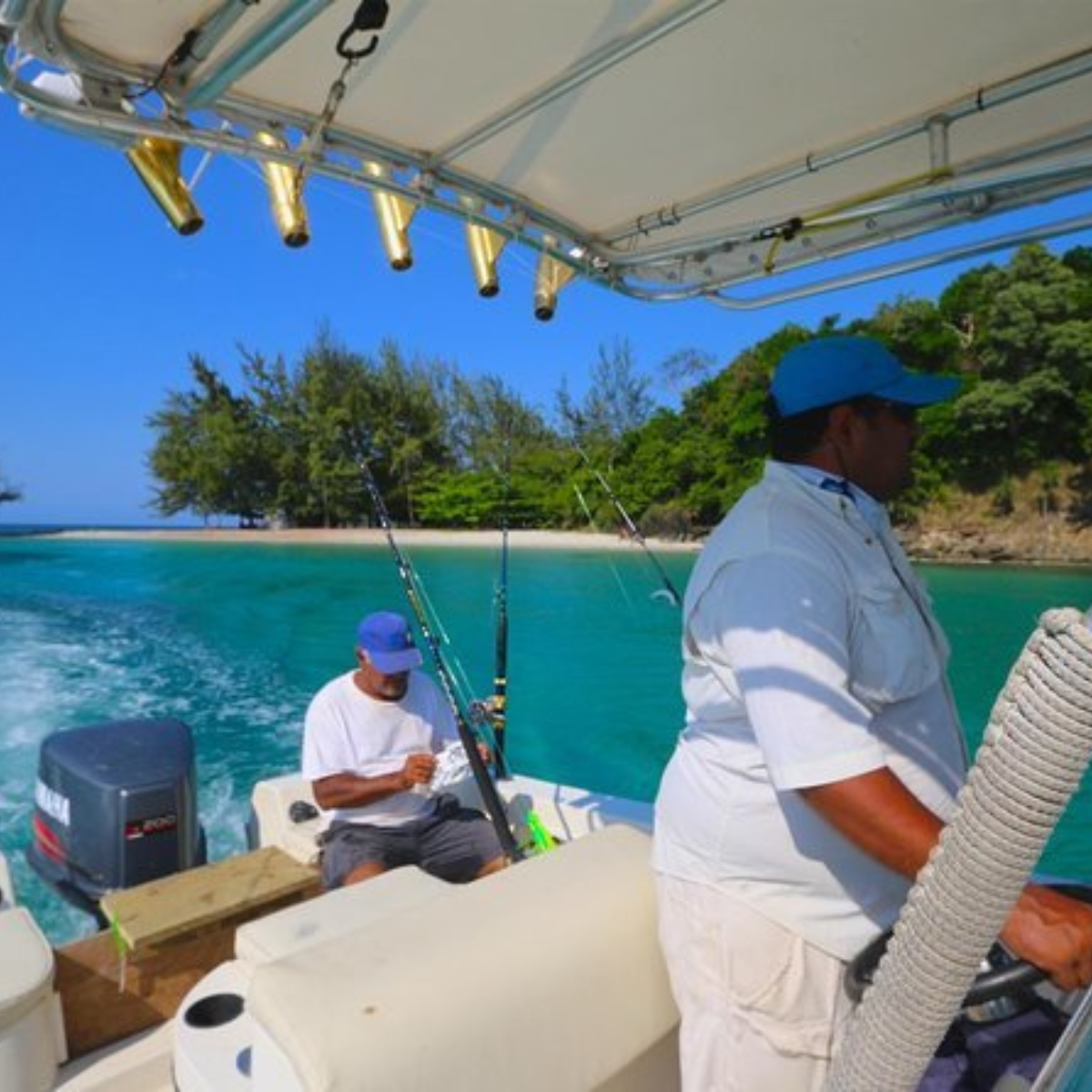 Private fishing charters in Roatan Images