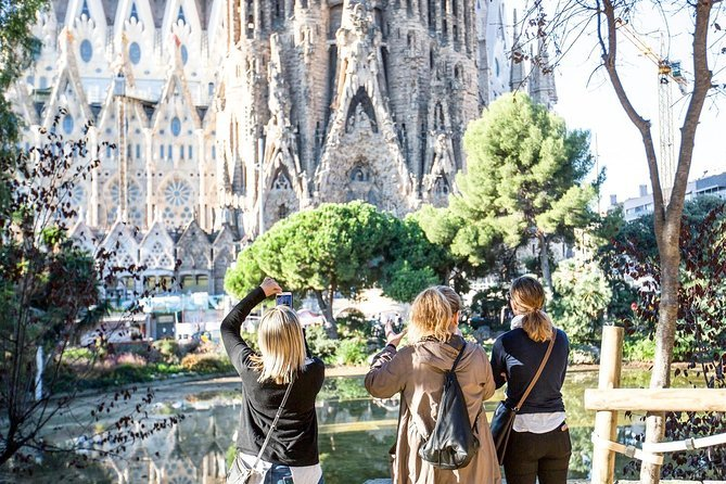 Skip the Line: Barcelona Sagrada Familia Tour Preview Image