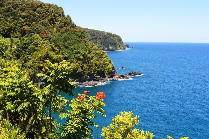 Small-Group Road to Hana Luxury Tour Preview Image