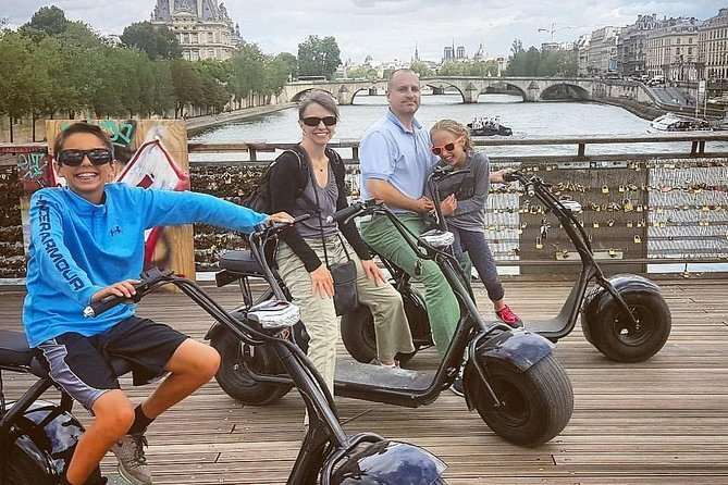 Tour of Paris in E-bike Preview Image